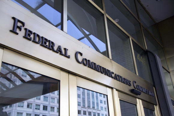 Senate votes to kill FCC's broadband privacy rules
