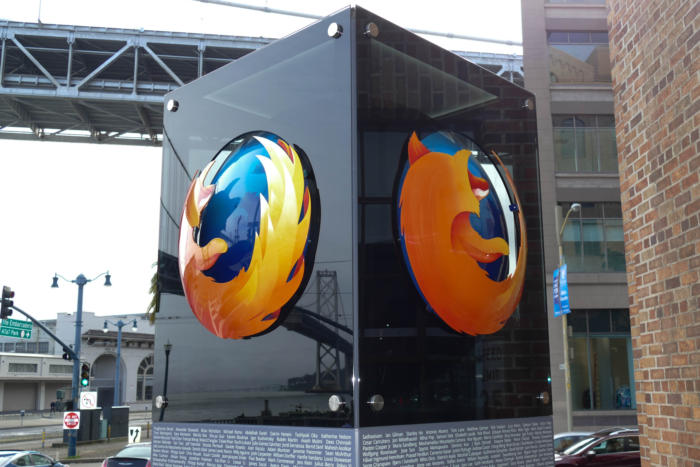 Mozilla beats rivals, patches Firefox's Pwn2Own bug