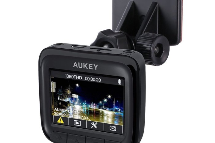 44% off Aukey Dash Cam, Full HD Wide Angle With Night Vision – Deal Alert