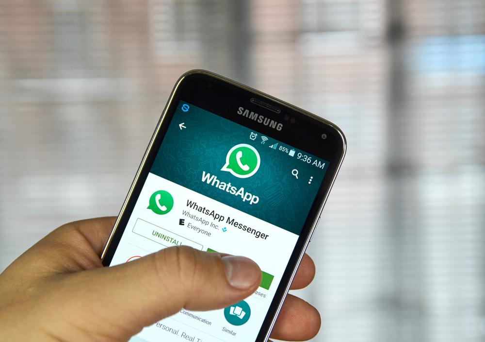 WhatsApp Downplays Damage of a Group Invite Bug