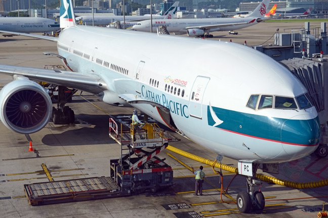 Cathay Pacific Hacked, Personal Data For 9.4 Million Passengers Compromised