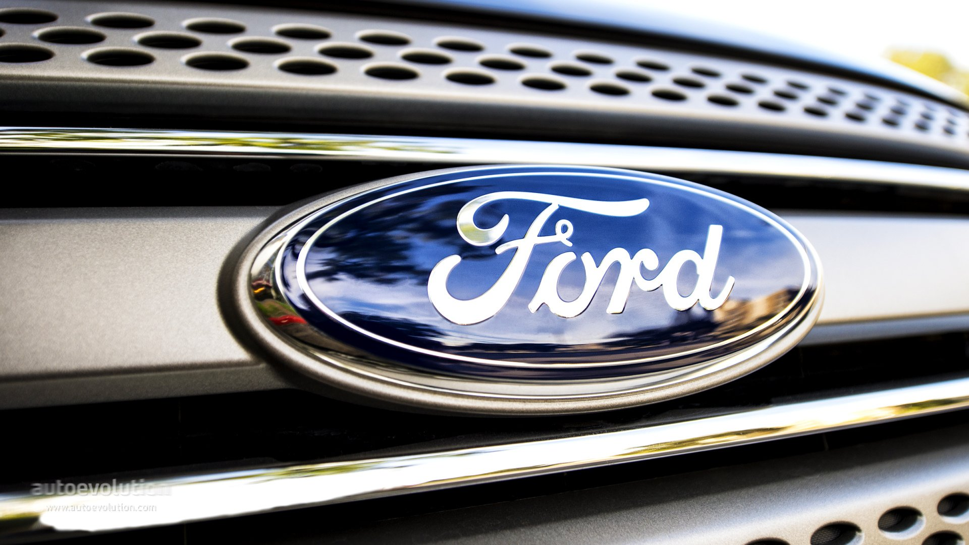 Ford Eyes Use of Customers' Personal Data to Boost Profits