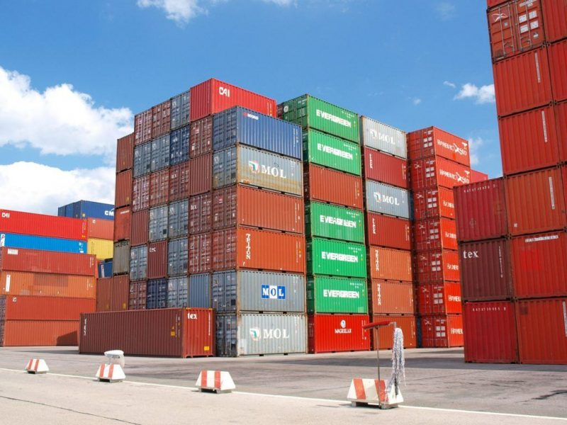 Major Container Security Flaw Threatens Cascading Attacks