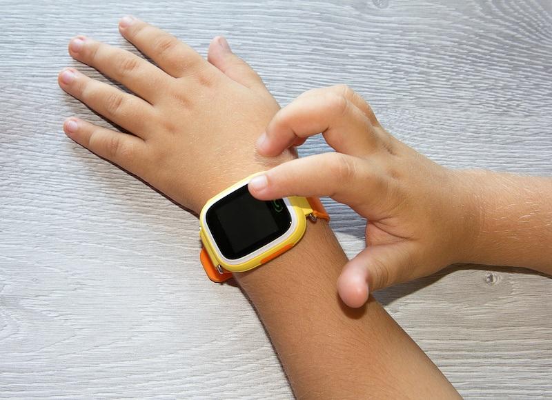 EU Recalls Children's Smartwatch That Leaks Location Data