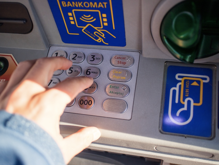 This Malware Turns ATM Hijacking Into A Slot Machine Game